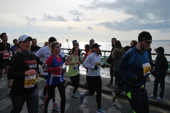 runners at Brighton half marathon